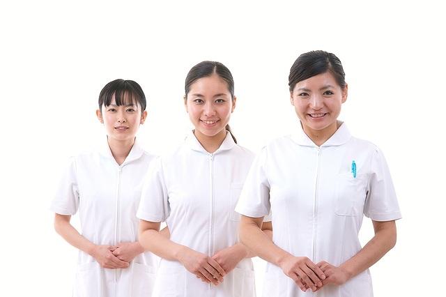 看護師の収入資格転職について